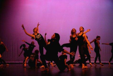 Advanced and Moveo showcase their passion and talent at fall dance show