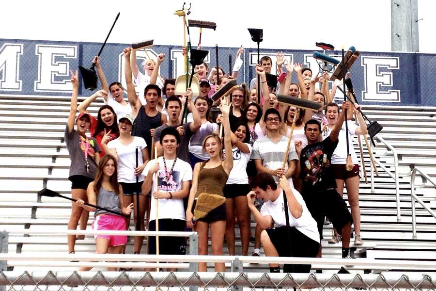 Perry clubs take over cleaning stadium