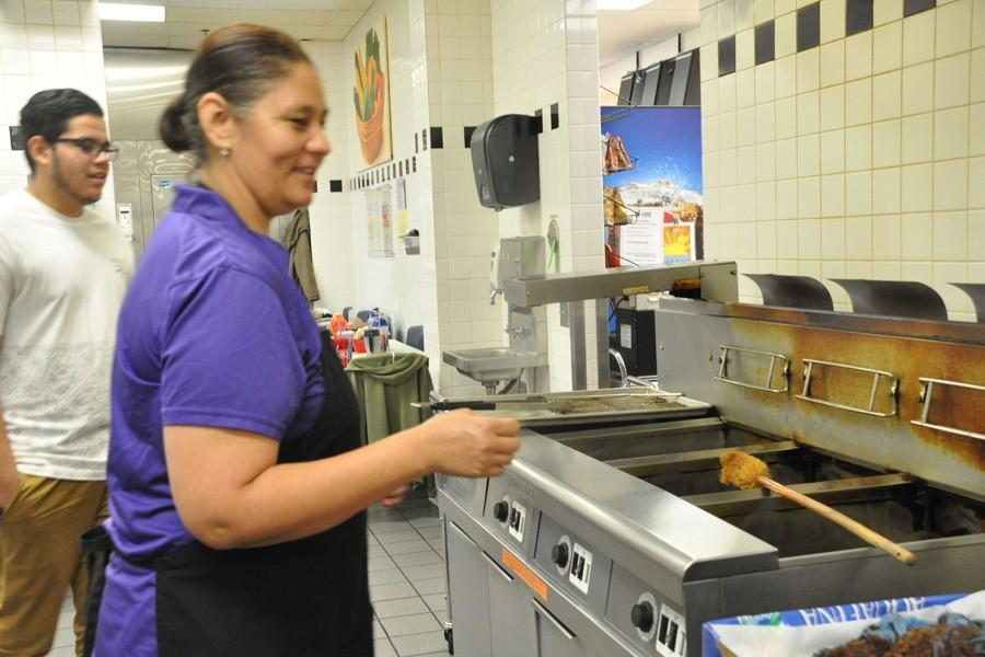 Behind the cafeteria: New health regulations change up menu items