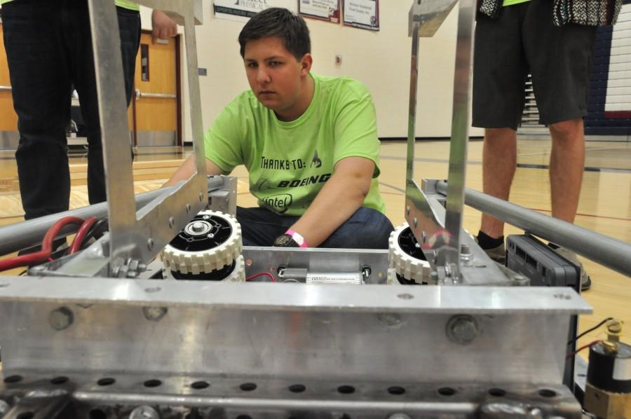 Robotics class preparing for both regional and national competitions