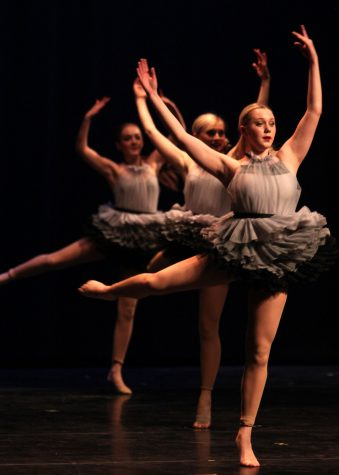 Perry Dance Concert. May 12, 2016. Photo by Elizabeth Jocque.