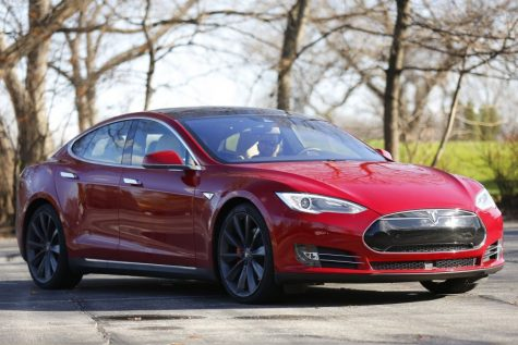 Tesla changes gears with enhancements on autonomous mode