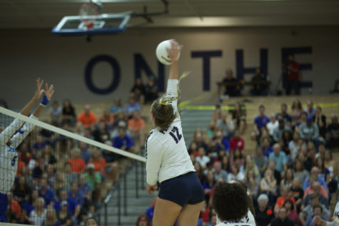 Volleyball: Perry concludes record-breaking year