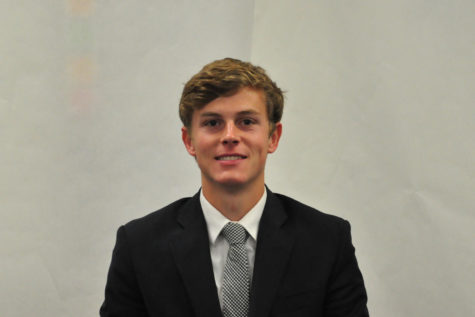 Pearson Wallace (12) writes about his experiences balancing both club and high school sports.