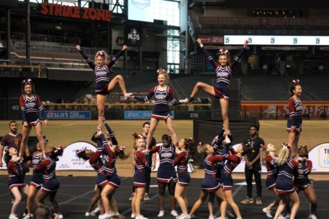 Sports Notebook: varsity cheer rises to nationals