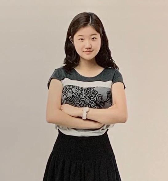Junior Michelle Yoo